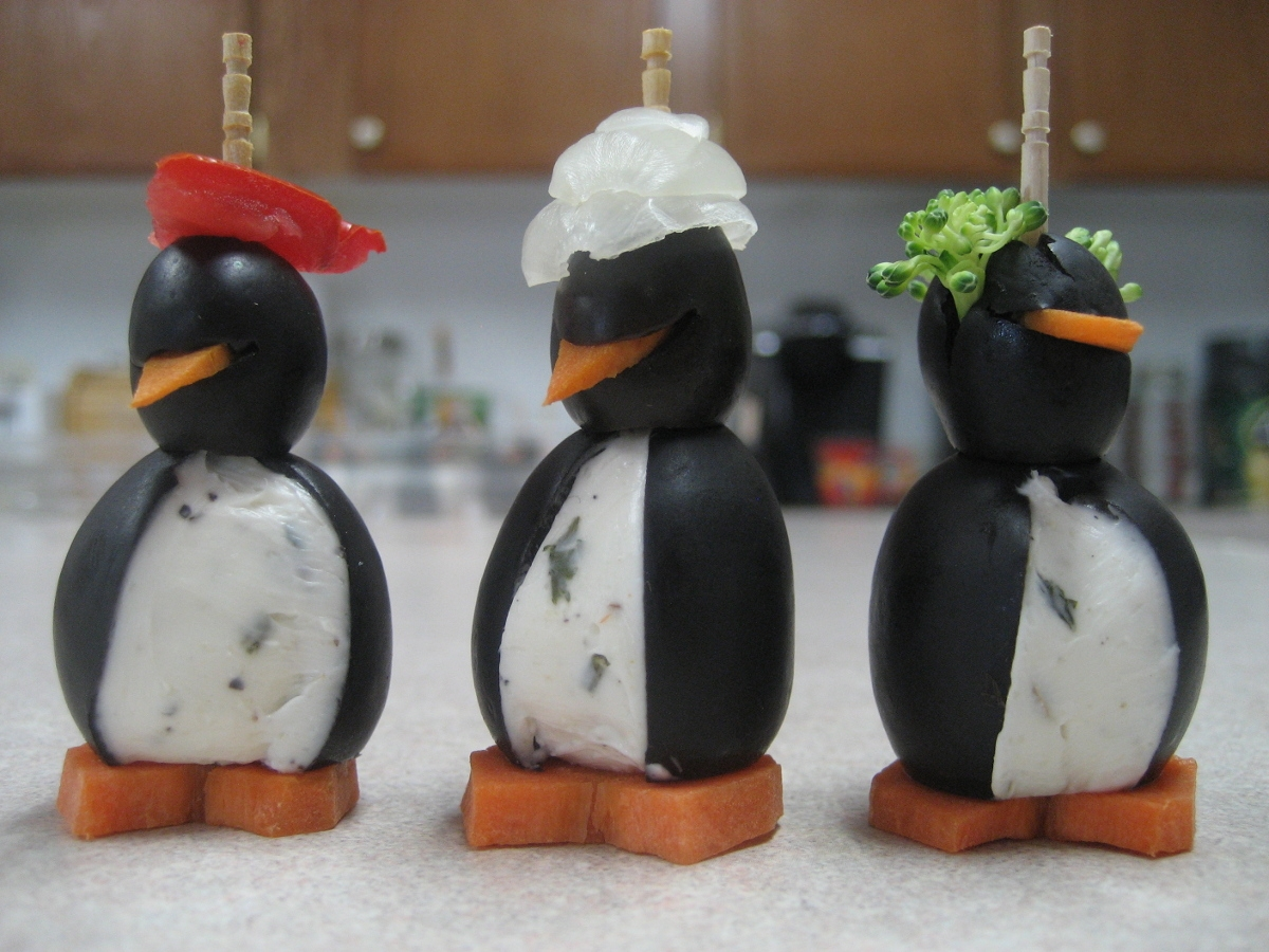 Crazy-Hat-Penguins-IMG_1879