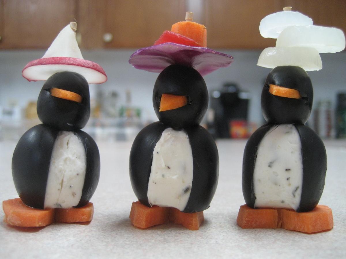 Crazy-Hat-Penguins-IMG_1881