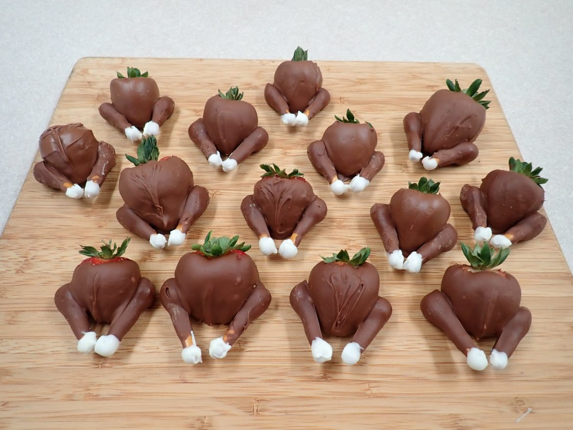 Chocolate Covered Strawberry Turkeys